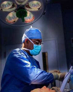 Dr. Salomon of Miami Performs a Full Facial Rejuvenation on a Patient